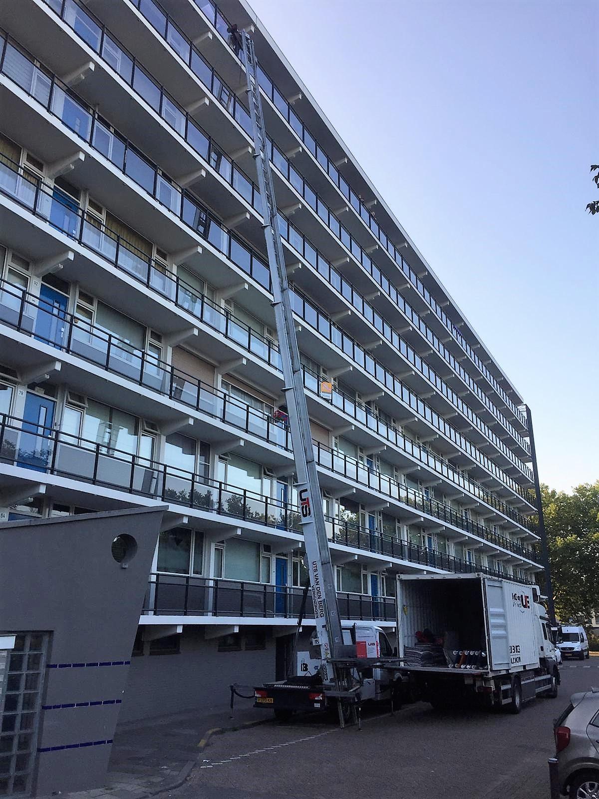UTS van den Berg Verhuisliftservice 9e verdieping